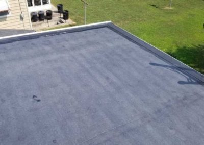 Flat roof on garage.